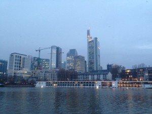 Claudi gives it a TRI - Skyline Frankfurt