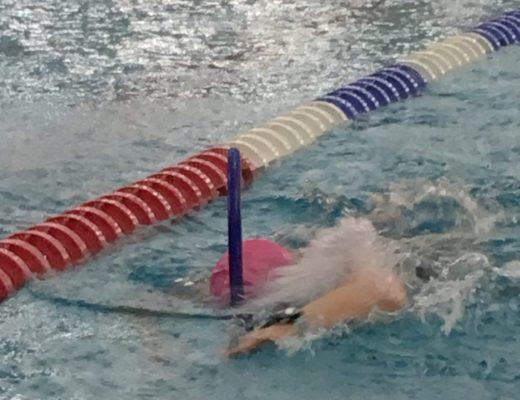 Schwimmschnorchel