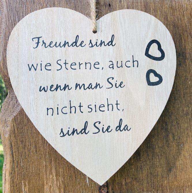 Freundespruch auf dem Herzweg des Friedens Bergedorf